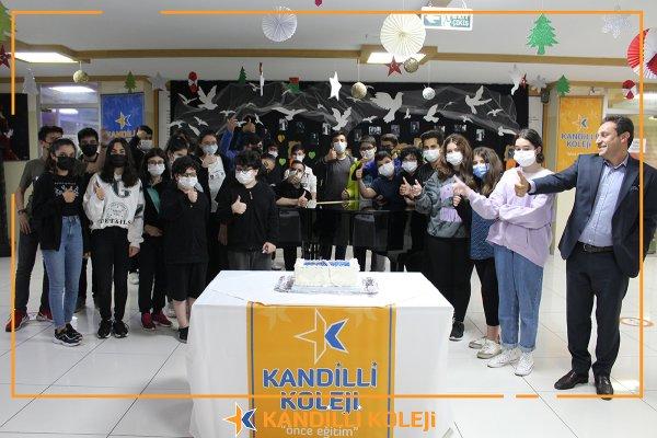 LGS Öncesi 8. Sınıf öğrencilerimiz ile Pasta Kestik